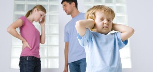 Как пережить развод ребенку